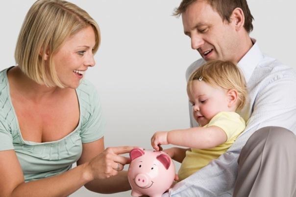 Формируем правильное отношение детей к деньгам: денежные программы и ошибки родителей, оплата хорошей учебы и труда, стоит ли покупать копилку ребенку