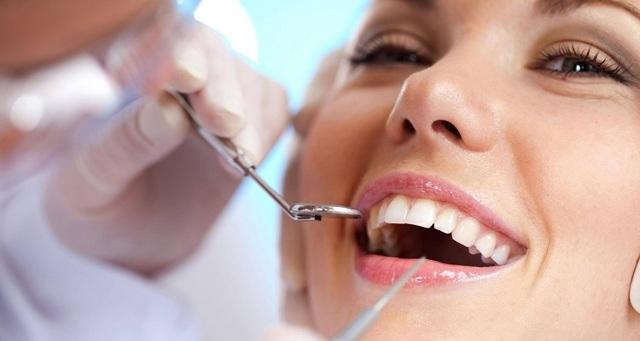 Можно ли во время беременности лечить зубы: разрешенные и запрещенные стоматологические процедуры, использование анестезии и список безопасных препаратов, основные нюансы терапии