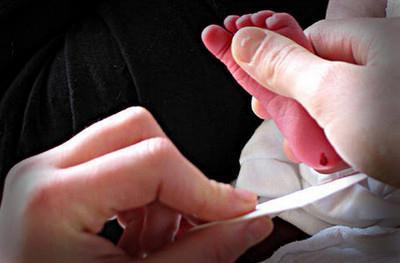 Неонатальный скрининг: что это такое, показания к процедуре и техника ее проведения, список проводимых исследований