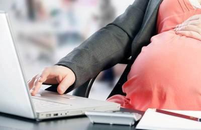 Рассчитать дату выхода в декрет: основания и правила начисления пособия по беременности и родам, алгоритм выплат и онлайн-калькуляторы, расчет декретных при наличии исключаемых периодов