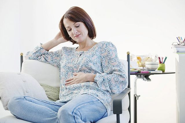 10 неделя беременности: фото живота и развитие плода, ощущения мамы и возможные боли