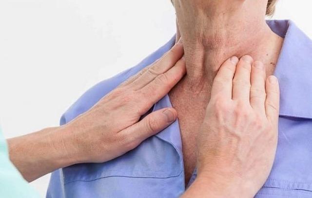 Аденома щитовидной железы: виды и симптоматика заболевания, лечение и показания операции