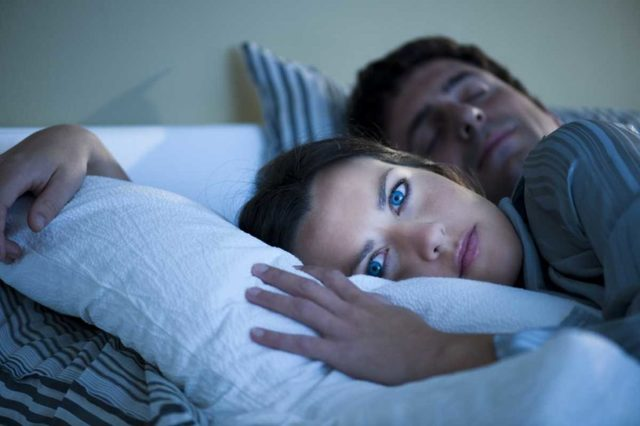 Бессонница: причины и лечение нарушений сна в домашних условиях