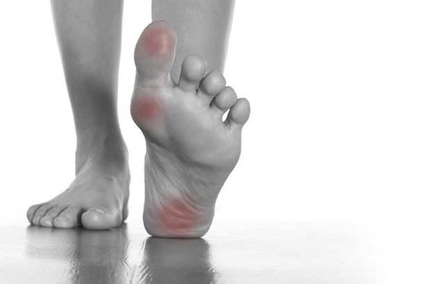 Болит сустав большого пальца на ноге: возможные причины, консервативные и хирургические методы лечения