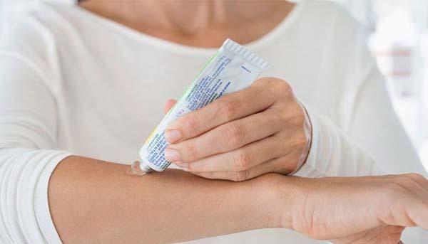 Чем обрабатывать резаные раны: народные и медицинские средства заживления