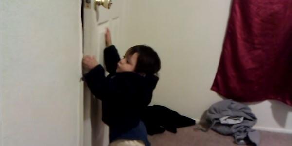 Что делать ребенок прищемил палец дверью или ящиком