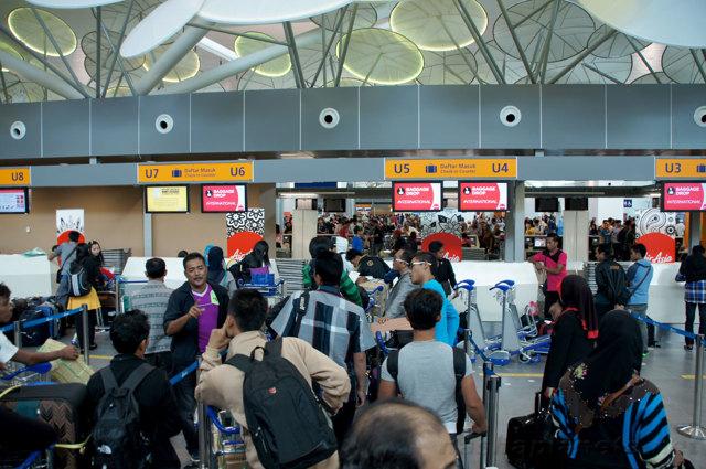 Что нужно знать о аэрофобии перед перелетом: простые советы всем кому может стать плохо в самолете