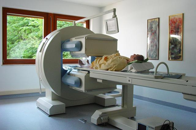 Что такое сцинтиграфия костей и органов: особенности метода, причины назначения, ограничения к проведению, ход процедуры