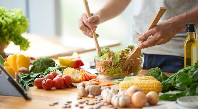 Диета при простатите: правила питания, запрещенные и разрешенные продукты