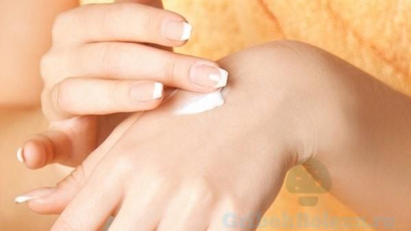 Эксфолиативный дерматит (эритема и шелушение кожи): что является причиной проявления болезни?