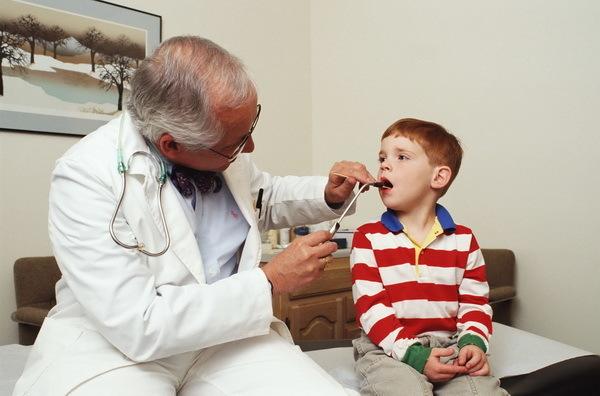 Герпетическая ангина: особенности симптомов у взрослых и детей с подробными фото, методы лечения тонзиллита