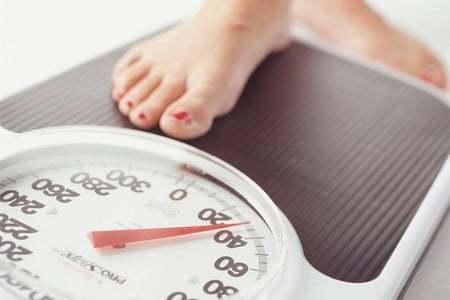 Хроническая венозная недостаточность: степени патологии, специфические симптомы и лечение
