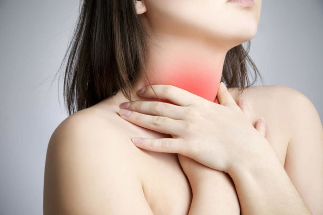 Как проявляется ожог пищевода: первые симптомы и возможные осложнения