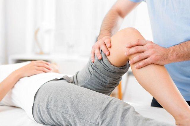Как выявить и лечить артралгию коленного сустава в домашних условиях?