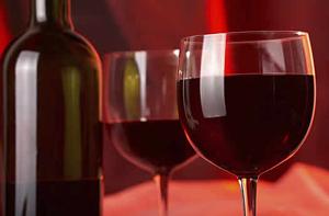 Какие продукты выводят радиацию из организма: красное вино и молоко?