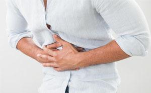 Кишечная непроходимость: причины возникновения, симптомы, лечение и неотложная помощь