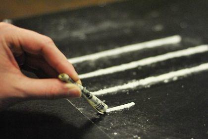 Кокаиновая зависимость: характерные признаки, воздействие на организм, последствия употребления, методы терапии
