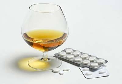 Колдрекс и алкоголь: совместимость, последствия одновременного употребления, через сколько можно пить