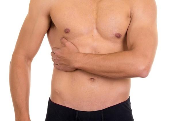 Колет в правом боку под ребром при вдохе, при беге, после еды: основные причины, диагностика и методы предотвращения проблемы