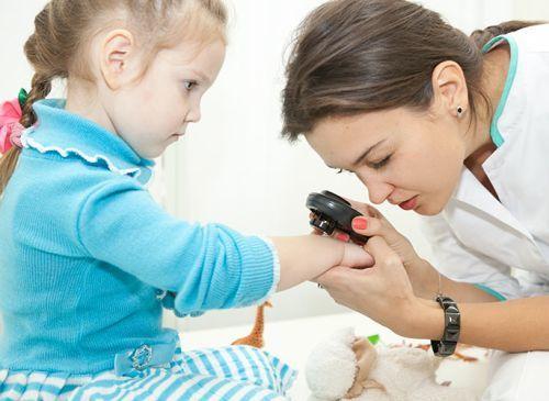 Контагиозный моллюск у ребенка: особенности и симптомы патологии, эффективные методы лечения