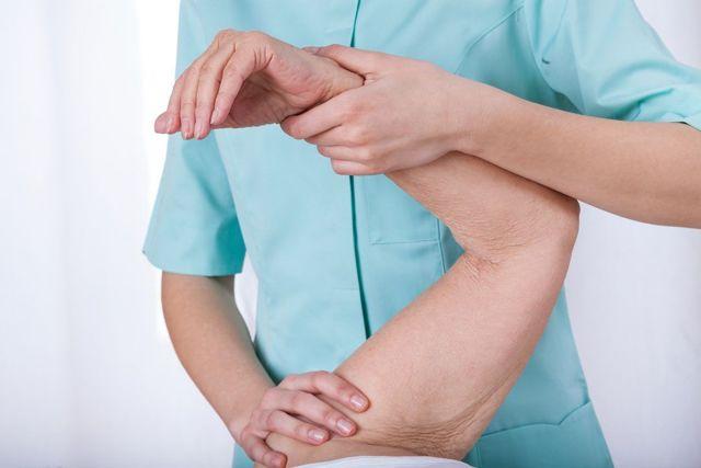 Ограничение подвижности или контрактура тазобедренного сустава