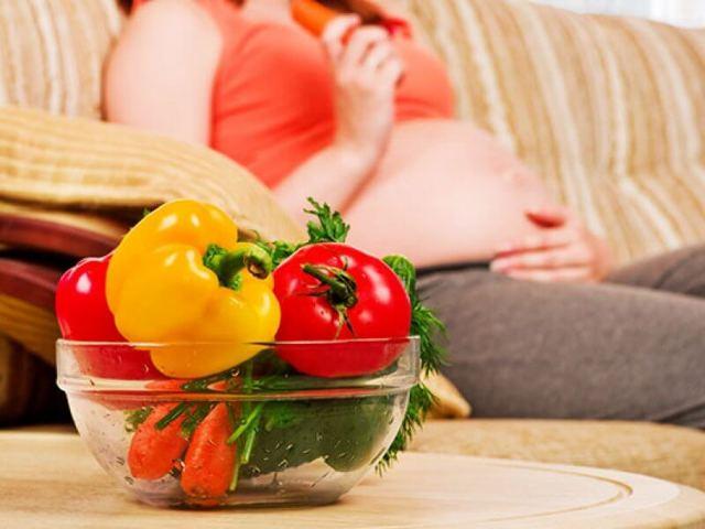 Лекарственные средства от изжоги у беременной: перечень медикаментов, народные рецепты, рекомендации по применению, меры предосторожности