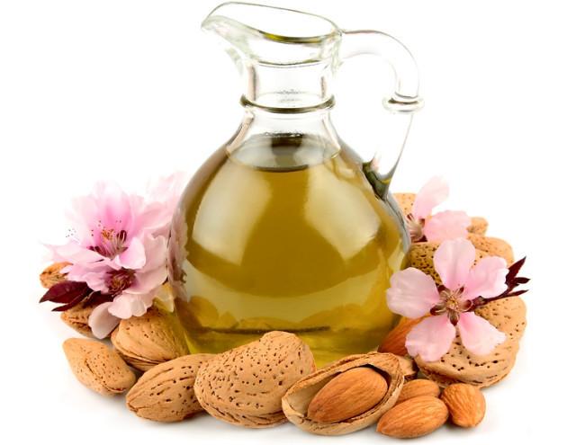 Маски с маслами для волос: польза и противопоказания, доступные рецепты, правила использования