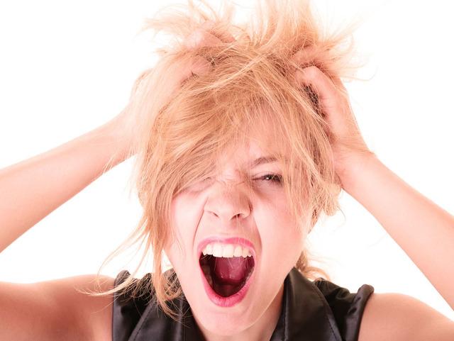 От чего возникает сильная головная боль в районе макушки: основные причины и методы лечения цефалгии