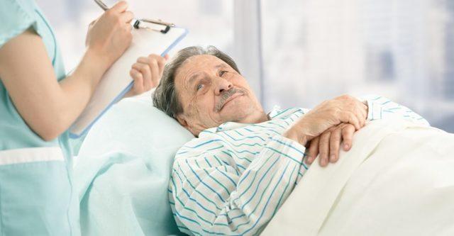 Перелом грудины: виды повреждений, сопутствующие симптомы, тактика лечения, период реабилитации