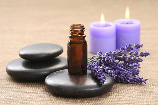 Польза эфирных масел для ароматерапии: лечебные свойства, противопоказания и меры безопасности, секреты выбора правильных ингредиентов и назначение эфиров