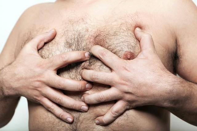 Причины выделений из сосков: как проявляется мастопатия у детей