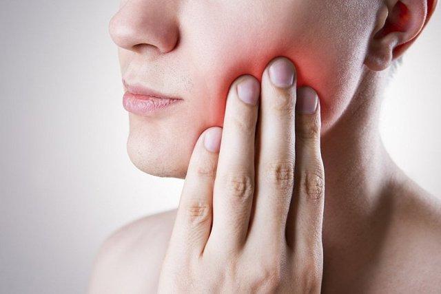 Прикусывание щеки: основные причины, характерные проявления, способы лечения, важные рекомендации
