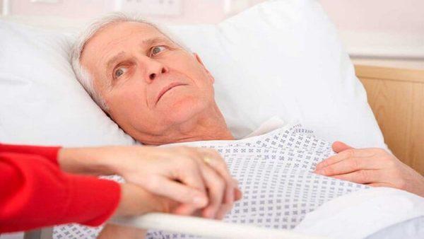 Пролежни у лежачих больных: лечение в домашних условиях и список эффективных средств