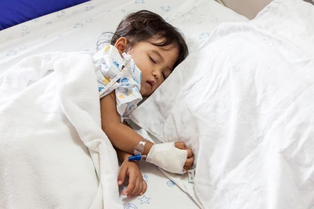 Пузырно-мочеточниковый рефлюкс: стадии развития, сопутствующие симптомы, методы обследования и лечения