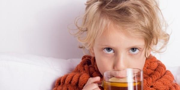 Растирания при кашле у детей и взрослых: самые эффективные и безопасные народные средства