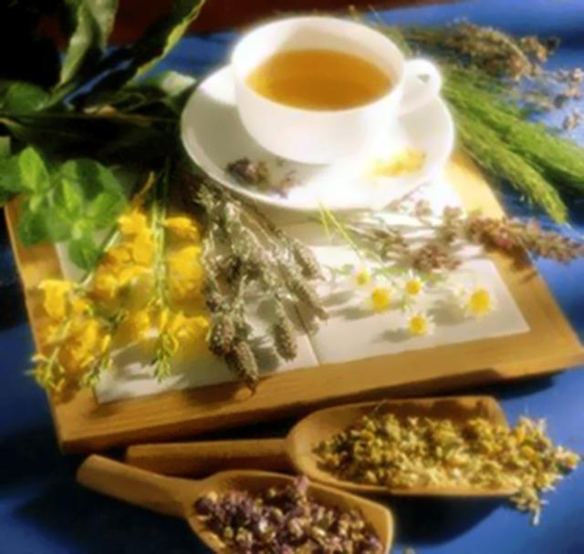 Саднит горло и кашель: как успокоить боль в домашних условиях
