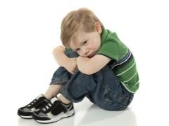 Синехии у мальчиков и девочек: факторы риска, типичные симптомы, диагностика и особенности лечения