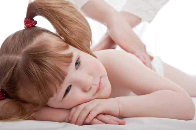 Сколиоз у детей: причины и признаки, лечение и профилактика