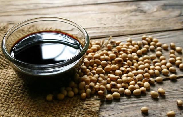 Соевый соус: состав и полезные свойства, противопоказания к употреблению, правила выбора качественного продукта