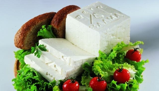 Сыр фета: состав, польза и вред для организма, правила выбора и хранения