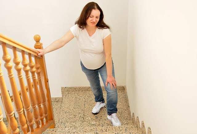 Травмы, удар в живот при беременности на ранних и поздних сроках: последствия