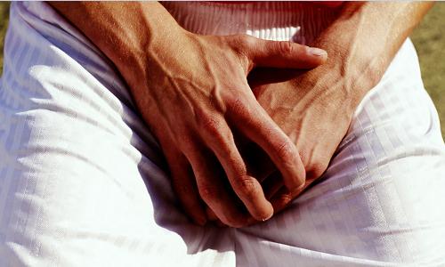У мужчины появились точки на половом органе, что делать?