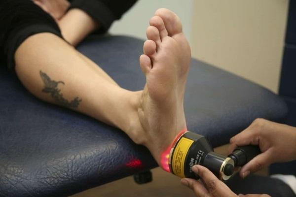 Ударно-волновая терапия при лечении пяточной шпоры: для чего нужна и как проводится, эффективность методики