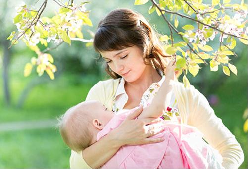 Укропная вода для новорожденного и кормящей мамы: применение и инструкция по приготовлению