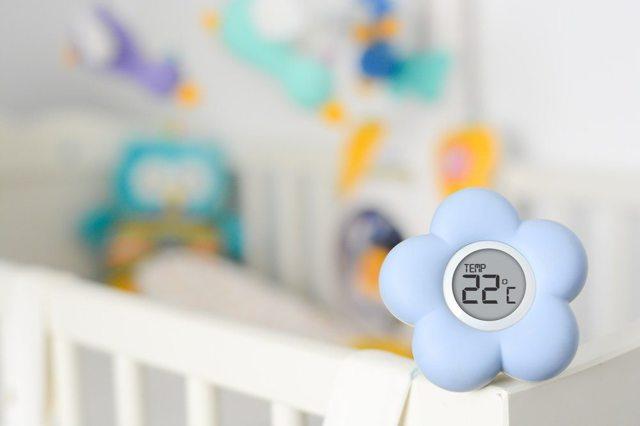 Влажность и температура в комнате новорожденного: оптимальные параметры воздуха, меры регулирования, мнение специалиста