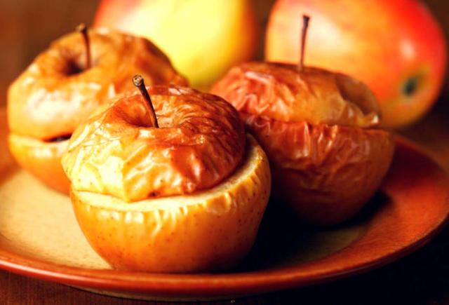 Яблоки: польза и вред для организма, пищевая ценность и лечебные свойства, правила выбора и хранения