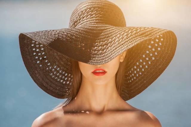 Жирная кожа: возможные причины, правила ухода, эффективные средства и домашние маски