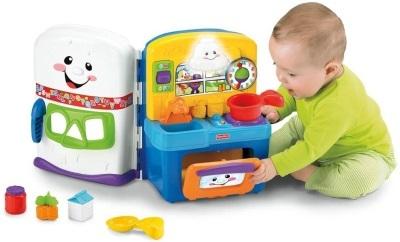 8 месяцев ребенку: 7 навыков, физическое развитие и игры