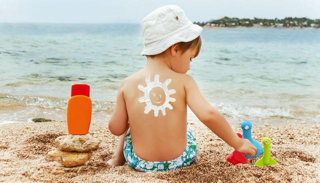 Аллергия на солнце у детей: 5 факторов и 4 признака, первая помощь