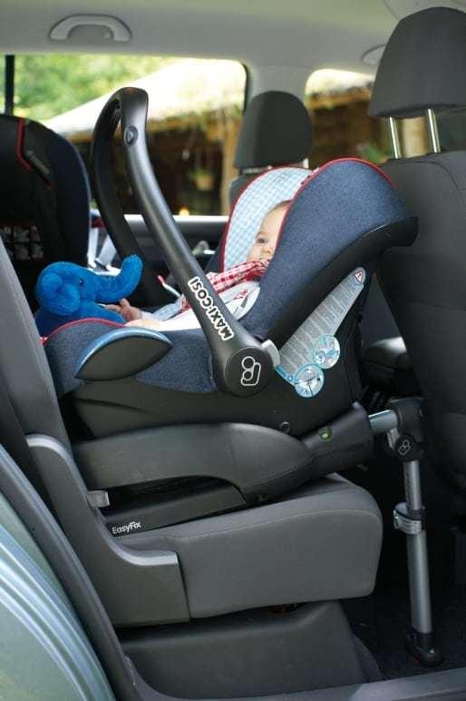 Автокресла Maxi-Cosi CabrioFix (Макси-Кози Кабриофикс) и Britax Römer Baby-Safe plus II (Бритакс Ромер Беби-Сейф Плюс II): сравнительный обзор, отличия